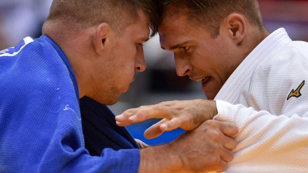 Ex-Weltmeister Alexander Wieczerzak (r.) - Bildquelle: AFPSIDSERGEI GAPON