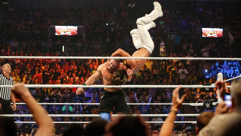 Die WWE-Shows Smackdown und RAW laufen auf ProSieben MAXX - Bildquelle: 2015 Getty Images