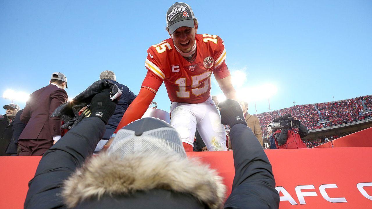 Gewinner: Patrick Mahomes (Kansas City Chiefs) - Bildquelle: 2020 Getty Images
