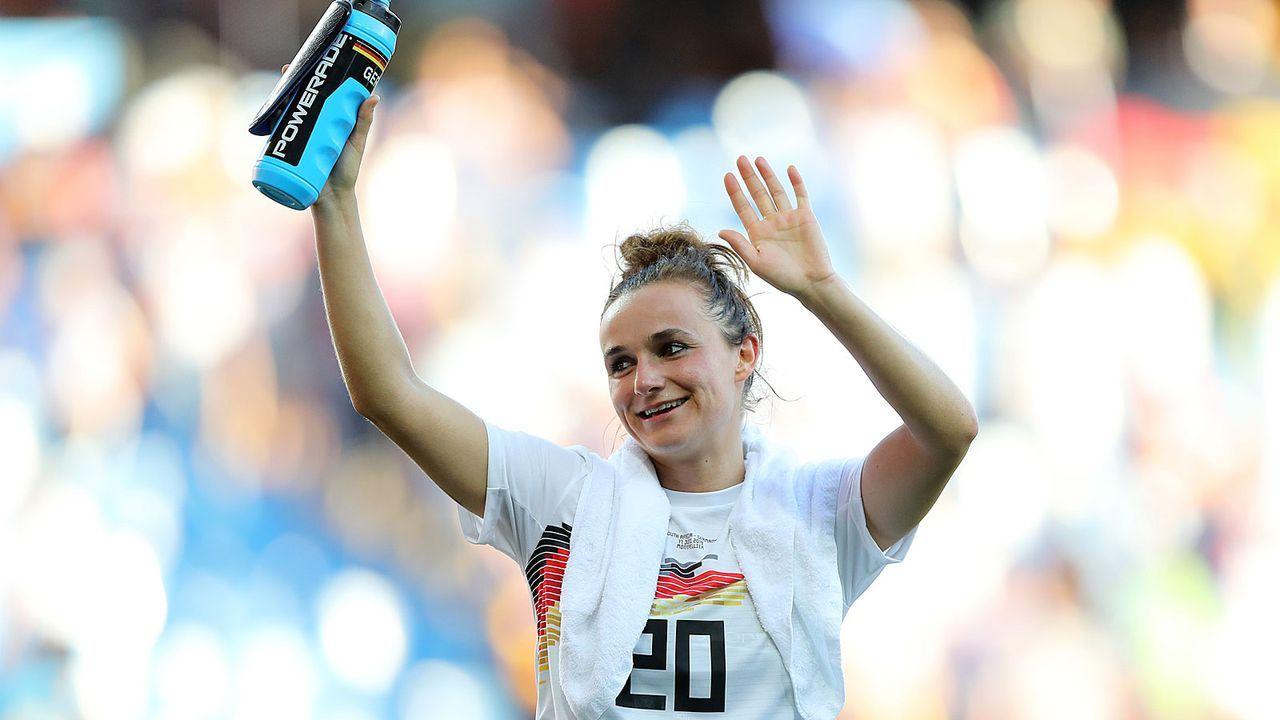 Lina Magull (Mittelfeld) - Bildquelle: Getty Images
