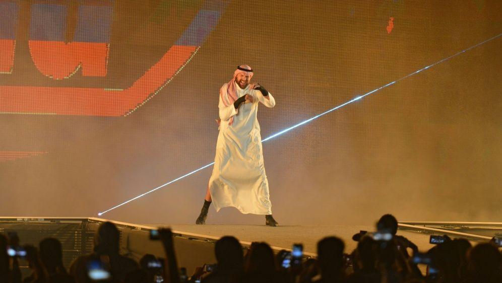 Tyson Fury feiert erfolgreiche Wrestling-Premiere - Bildquelle: AFPSIDFAYEZ NURELDINE