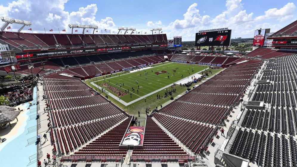 Das Stadion der Tampa Bay Buccnaeers ist am 7. Februar 2021 auch Austragungs... - Bildquelle: imago/Icon SMI