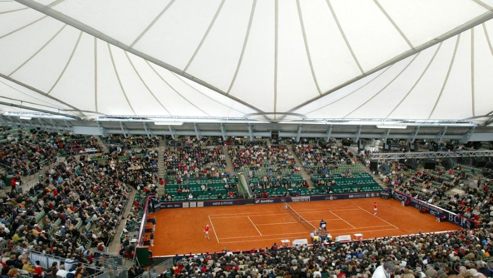 Das Tennisturnier am Hamburger Rothenbaum findet statt - Bildquelle: FIROFIROSID