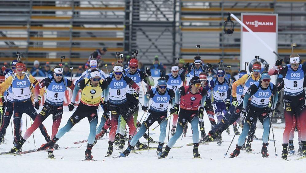 Biathlon: Mehrere Coronafälle in den Teams - Bildquelle: AFPSIDMICHAL CIZEK