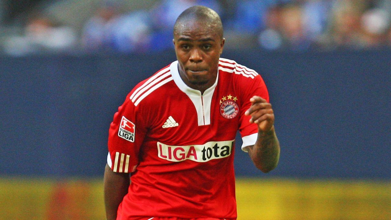 Edson Braafheid (FC Bayern) - Bildquelle: Getty