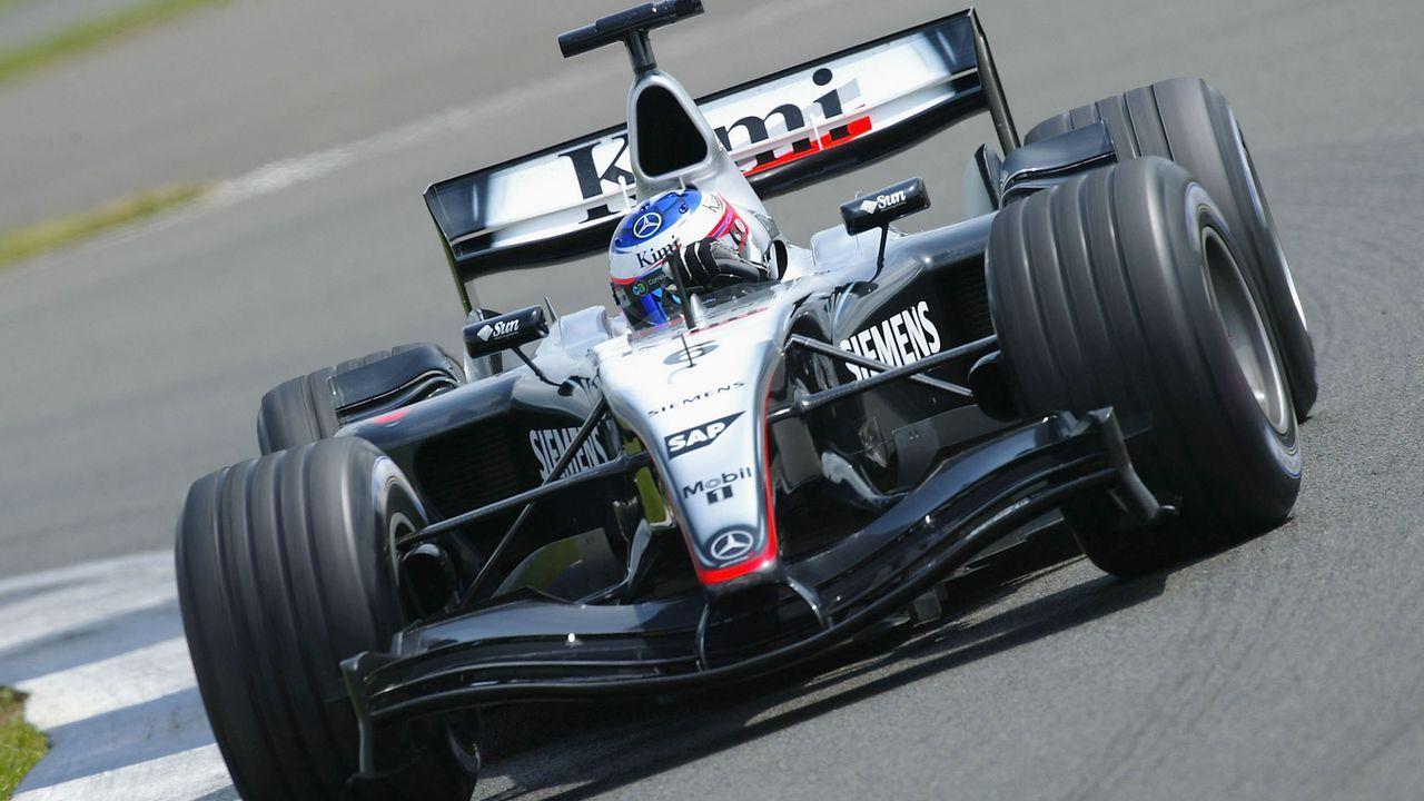 2002: Wechsel zu McLaren und erste Erfolge - Bildquelle: 2004 Getty Images