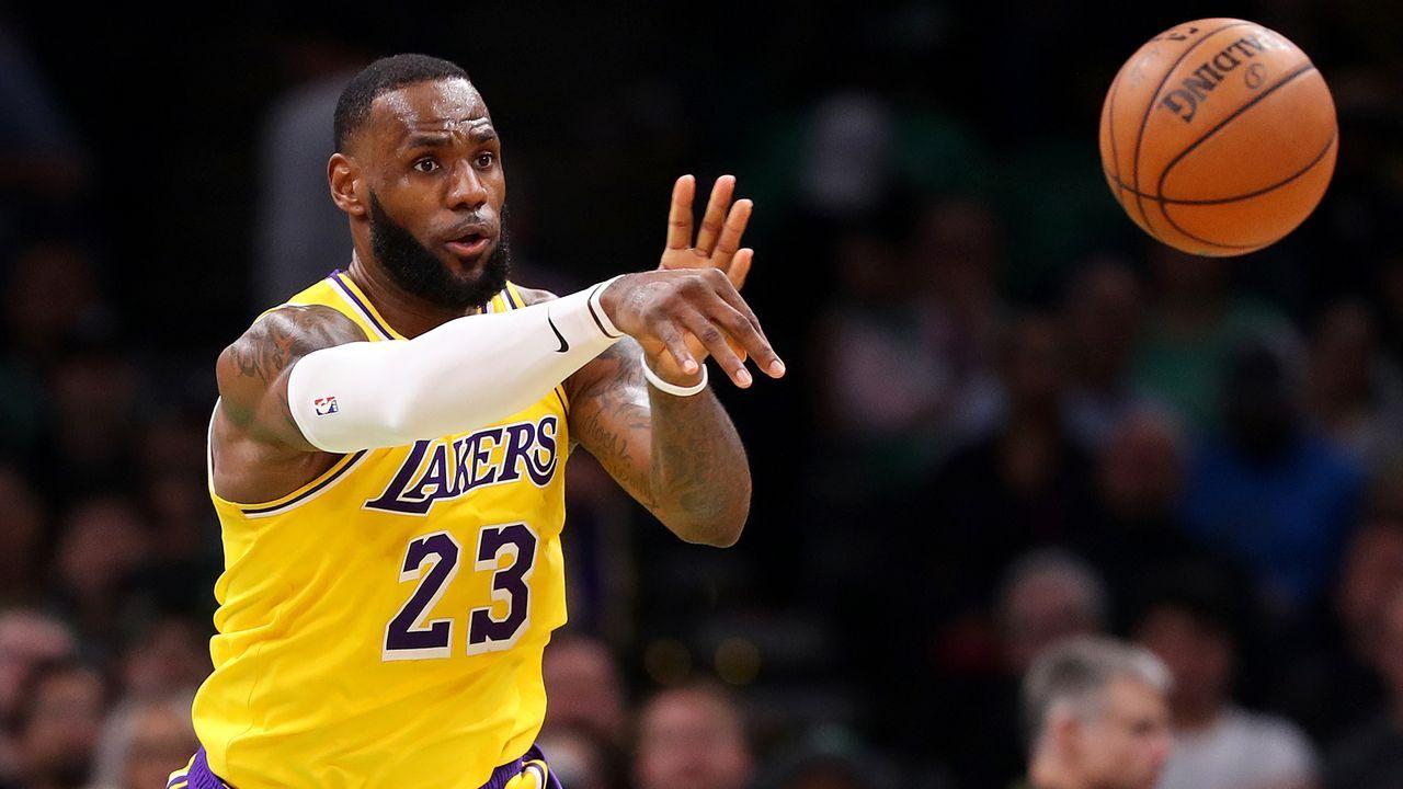 Weitere Stars neben LeBron James gesucht - Bildquelle: 2019 Getty Images