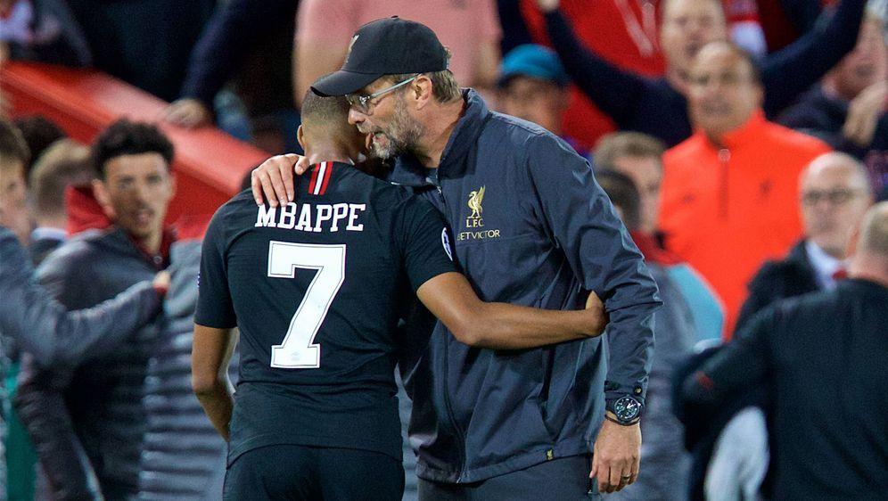Klopp (r.) bezweifelt, dass Mbappe nach Liverpool kommt - Bildquelle: 2018 imago