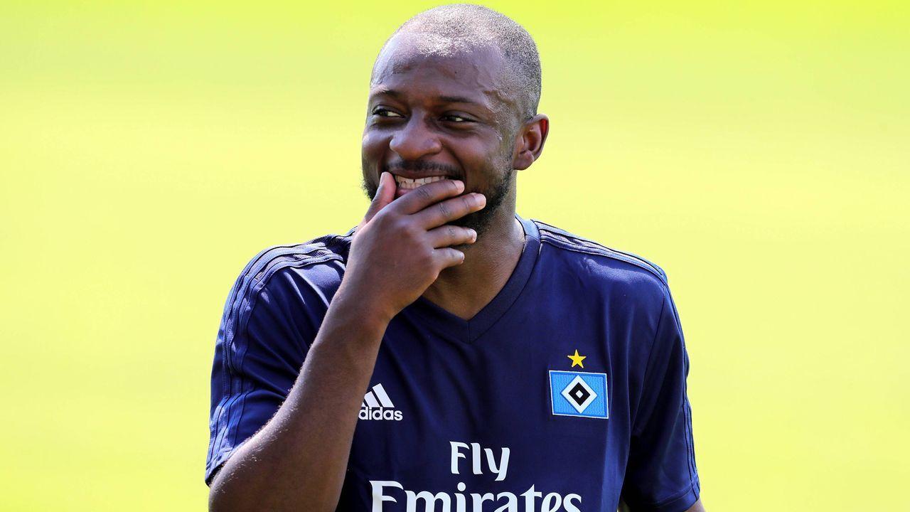 Mittelfeld - David Kinsombi (Hamburger SV) - Bildquelle: imago images / Michael Schwarz