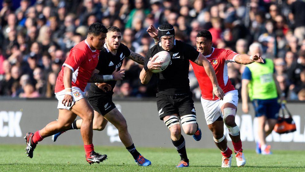 Rugby zählt zu den populärsten Sportarten der Welt - Bildquelle: imago images / Schwörer Pressefoto