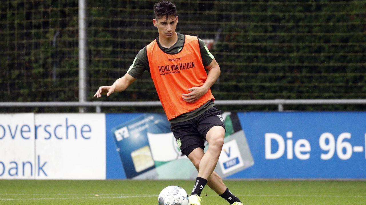 Sebastian Soto (Hannover 96) - Bildquelle: imago images / Joachim Sielski