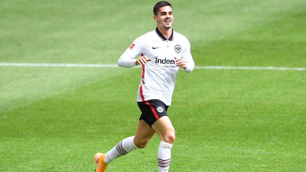 Platz 5: Eintracht Frankfurt (sechs Spieler) - Bildquelle: imago images