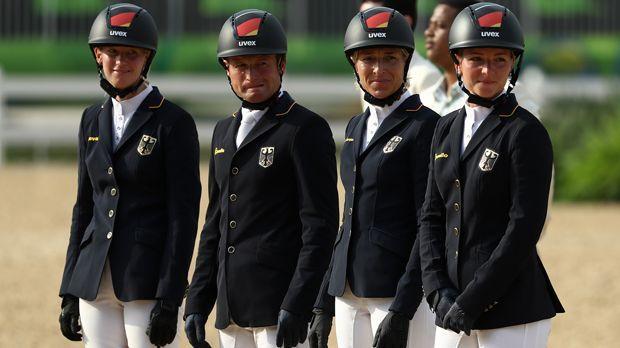 Vielseitigkeit Team (Reitsport/Silber) - Bildquelle: Getty Images