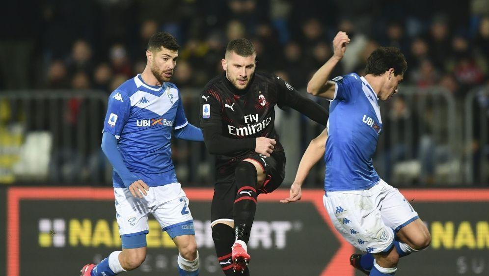 Ante Rebic erzielt den Siegtreffer für die Rossoneri - Bildquelle: AFPSIDMIGUEL MEDINA