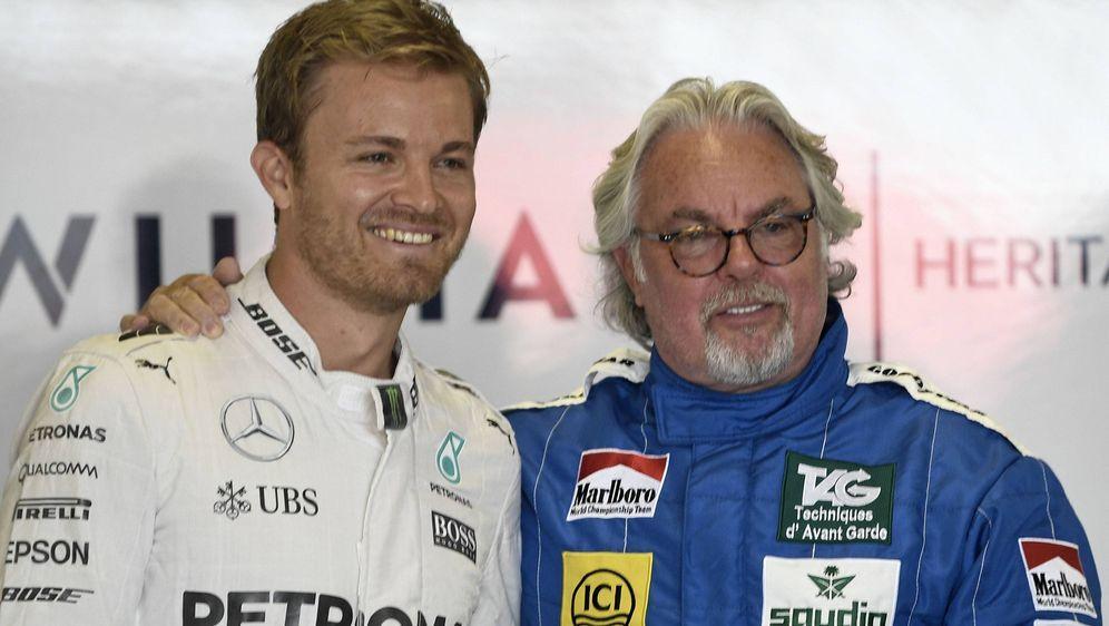 Nico mit Keke Rosberg. - Bildquelle: imago/HochZwei