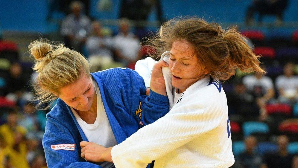 Martyna Trajdos (r.) gewinnt Bronze bei der Judo-EM - Bildquelle: AFPSIDMLADEN ANTONOV