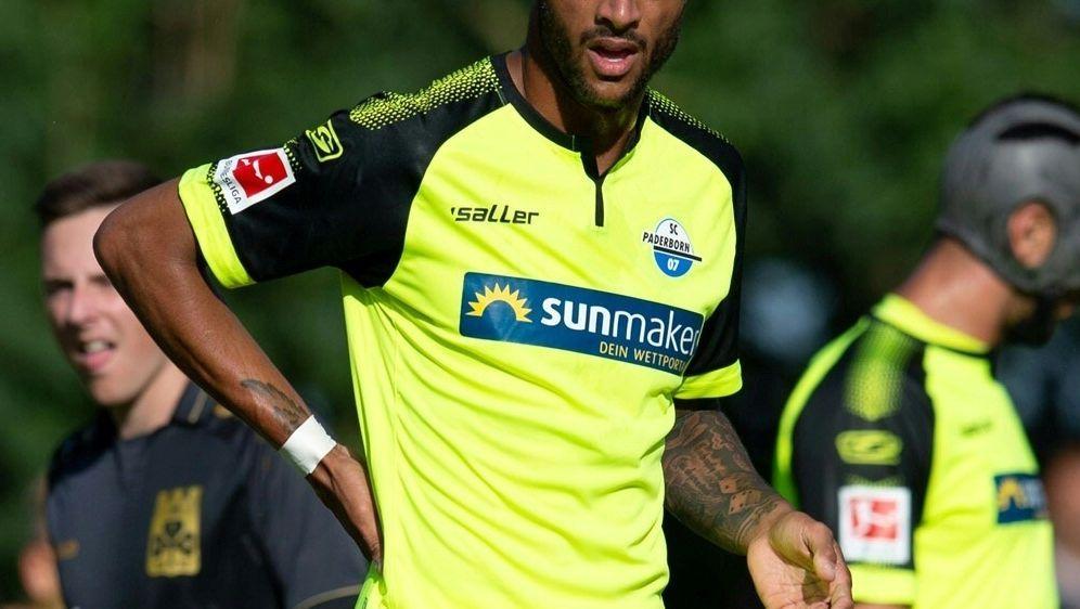 Nur sechs Pflichtspiele für Paderborn: Khiry Shelton - Bildquelle: FIROFIROSID