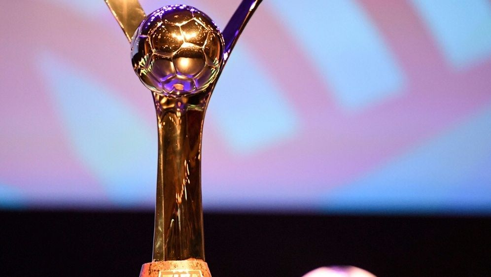 Frauen-Fußball-WM 2023: FIFA prüft vier Bewerbungen - Bildquelle: AFPSIDDAMIEN MEYER