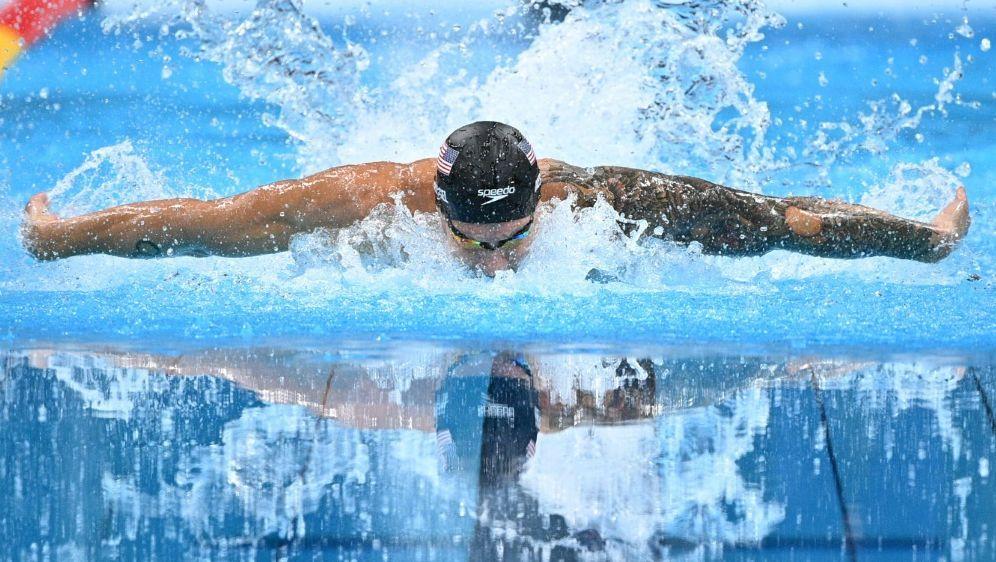 Caeleb Dressel schwimmt mit Weltrekord zu Gold - Bildquelle: AFPSIDOLI SCARFF