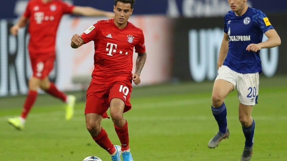 Coutinho feierte gegen Schalke seine Bundesliga-Premiere - Bildquelle: FIROFIROSID