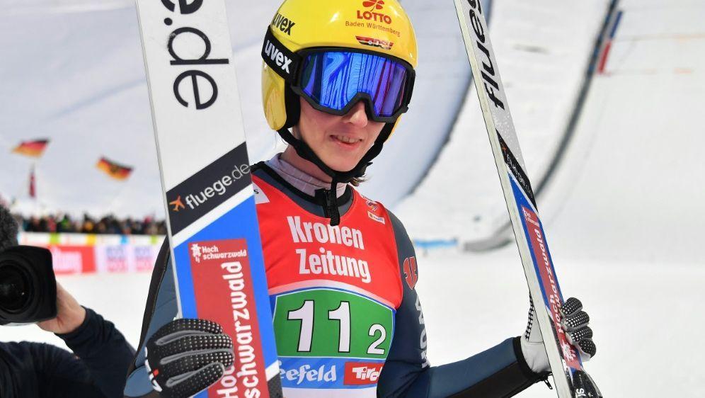 Ramona Straub beendet ihre Skisprung-Karriere - Bildquelle: AFPSIDJOE KLAMAR
