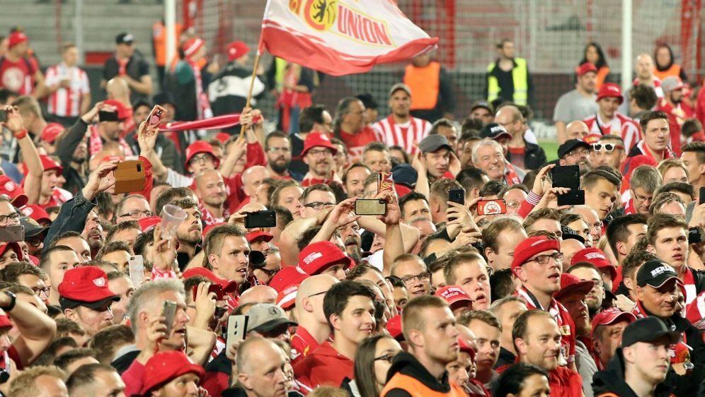 Fans von Union planen einen Stimmungsboykott gegen RB - Bildquelle: FIROFIROSID