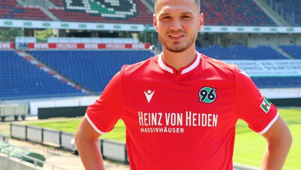 Baris Basdas erhält einen Zweijahresvertrag in Hannover - Bildquelle: Hannover 96Hannover 96Hannover 96