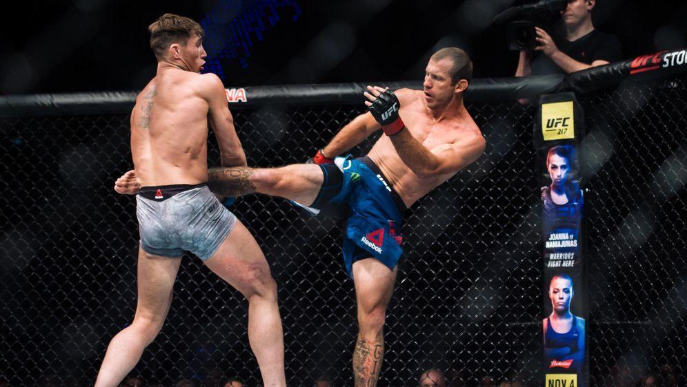 Donald Cerrone (re.) will einen Kampf gegen Conor McGregor - Bildquelle: imago sportfoto