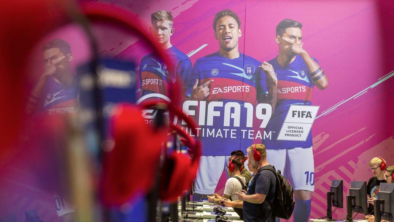 Platz 25: FIFA 19 - Bildquelle: imago/Arnulf Hettrich