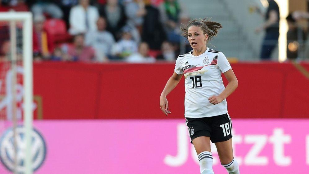 Nationalspielerin Leupolz erlitt eine Knieblessur - Bildquelle: FIROFIROSID