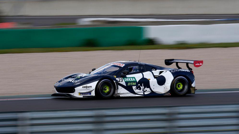 Alex Albon - Bildquelle: Motorsport Images