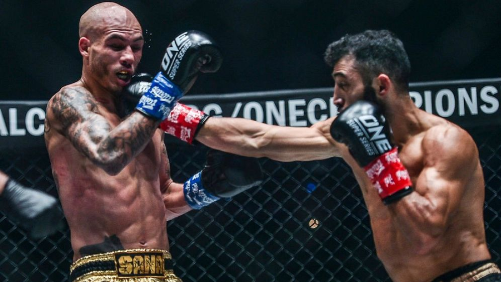 Giorgio Petrosyan (re.) besiegte Samy Sana (li.) einstimmig nach Punkten - Bildquelle: ONE Championship