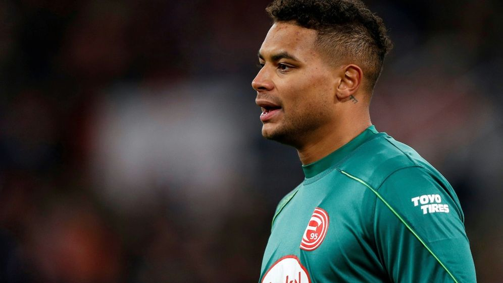 Torhüter Zack Steffen fällt gegen Werder Bremen aus - Bildquelle: PIXATHLONPIXATHLONSID