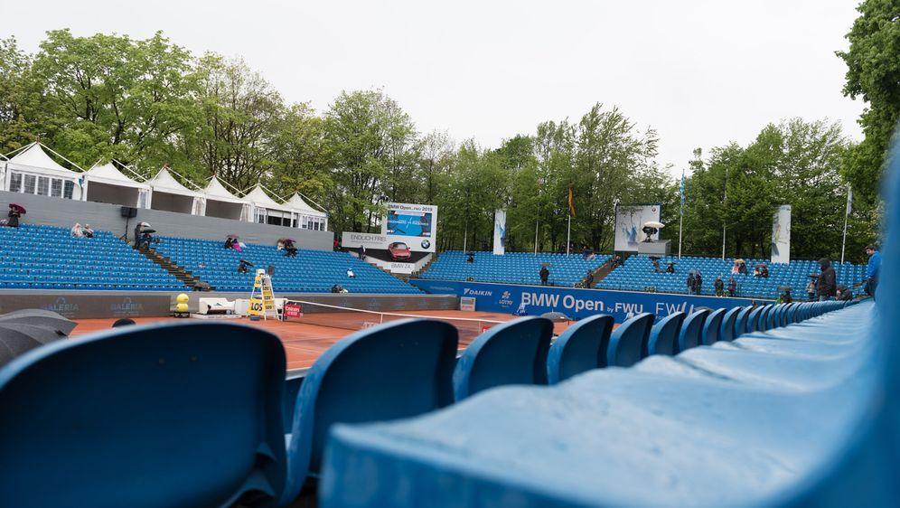 Die für April bzw. Mai geplanten BMW Open mussten wegen der Corona-Pandemie ... - Bildquelle: imago images/Passion2Press
