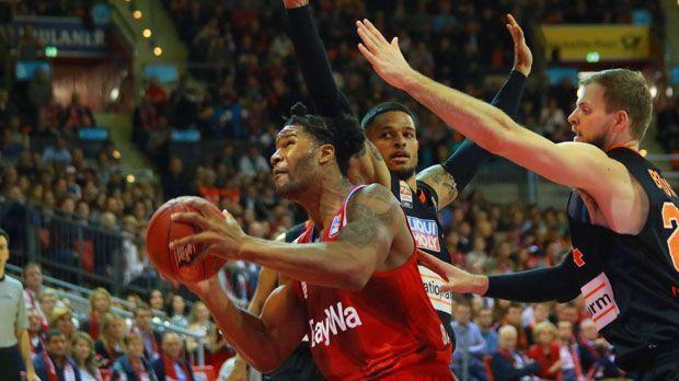 Devin Booker (FCB) - Bildquelle: imago/Lackovic