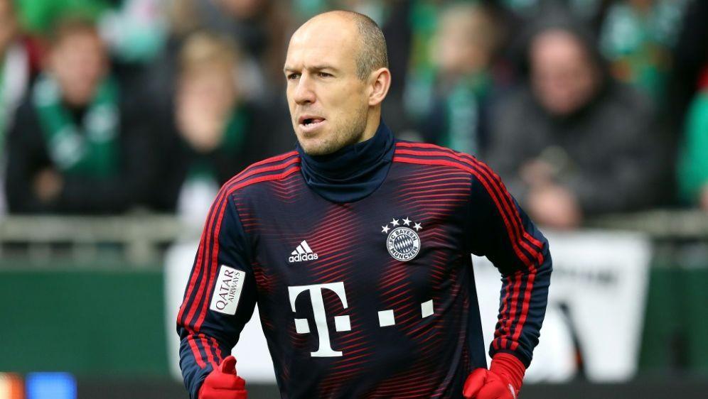 Auch Arjen Robben ist zurück im Münchener Training - Bildquelle: FIROFIROSID