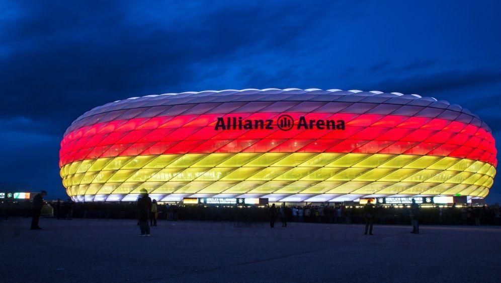 In München müssen am Platz die Masken getragen werden - Bildquelle: FIROFIROSID