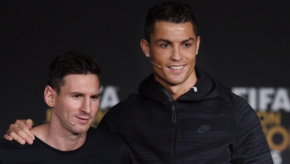 """Ronaldo hofft auf eine """"Date"""" mit Messi. - Bildquelle: imago"""