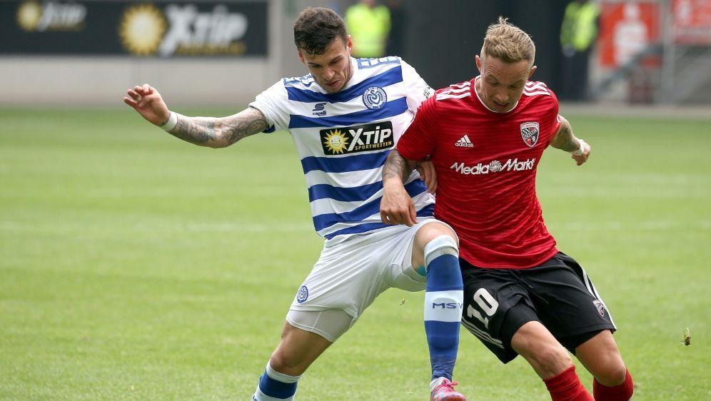 Sonny Kittel (r.) wird den FC Ingolstadt verlassen - Bildquelle: FIROFIROSID