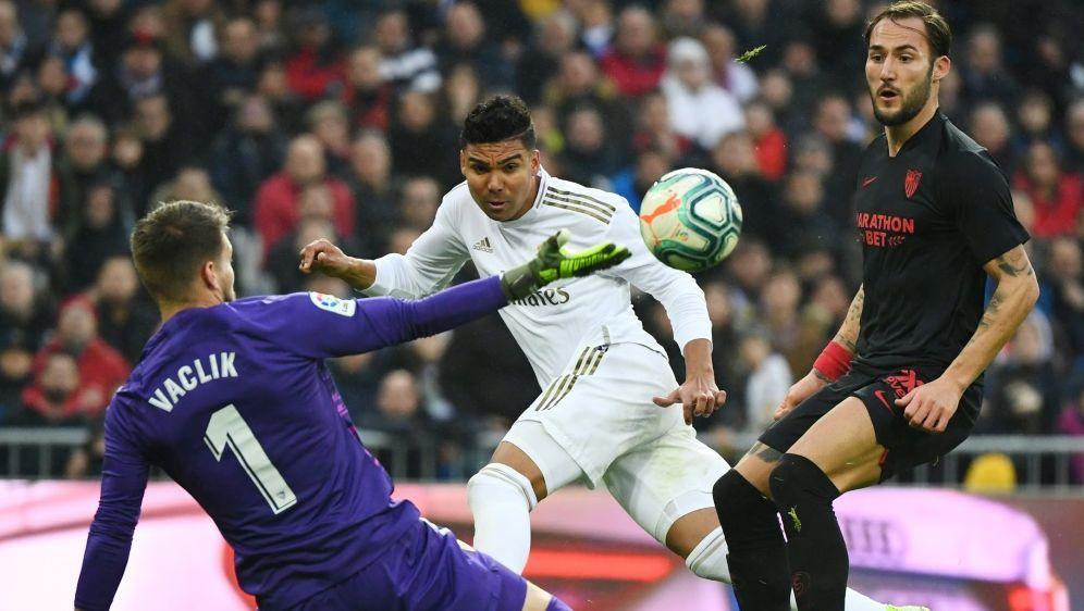 Casemiro erzielt gegen Sevilla einen Doppelpack - Bildquelle: AFPSIDGABRIEL BOUYS