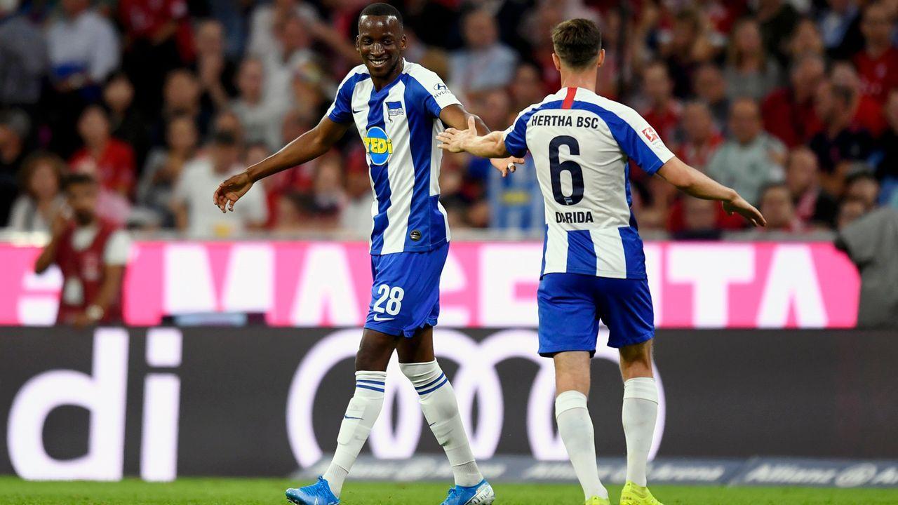 Schon vier Tore! Allianz-Arena-Schreck Dodi Lukebakio - Bildquelle: 2019 Getty Images