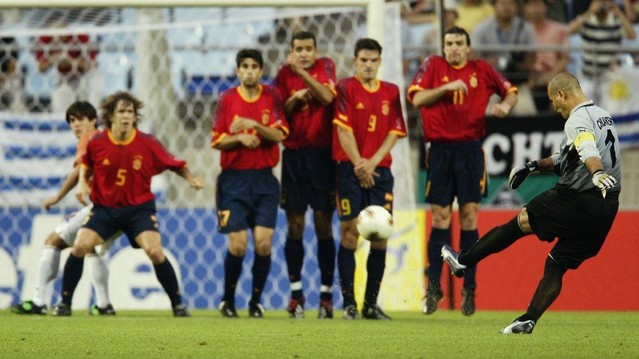 Jose Luis Chilavert (Paraguay) - Bildquelle: 2002 Getty Images