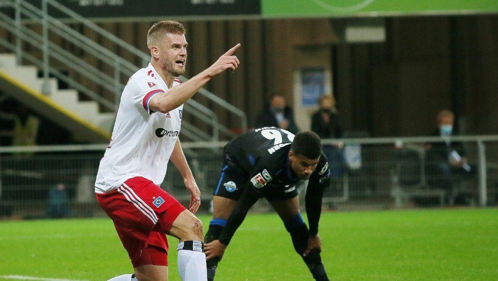 Simon Terodde traf gegen den SC Paderborn doppelt - Bildquelle: FIROFIROSID