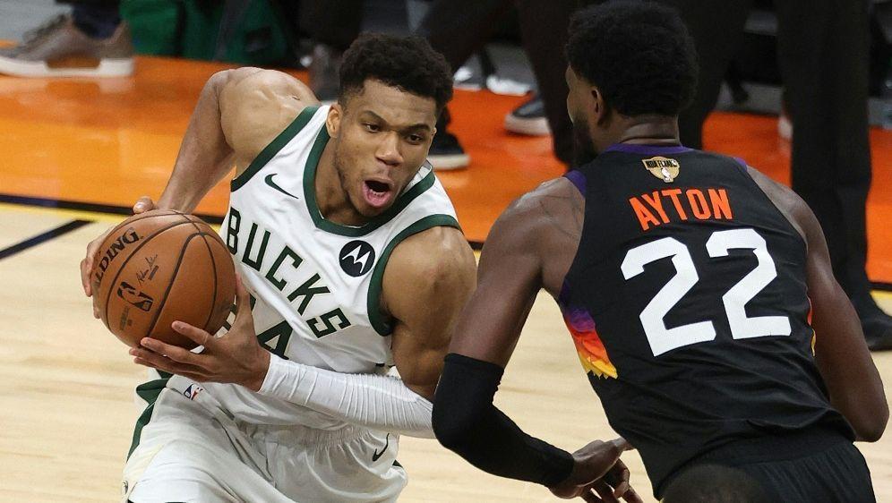 NBA-Finalserie: Matchball für die Bucks - Bildquelle: GETTY IMAGES NORTH AMERICAGETTY IMAGES NORTH AMERICASIDRONALD MARTINEZ