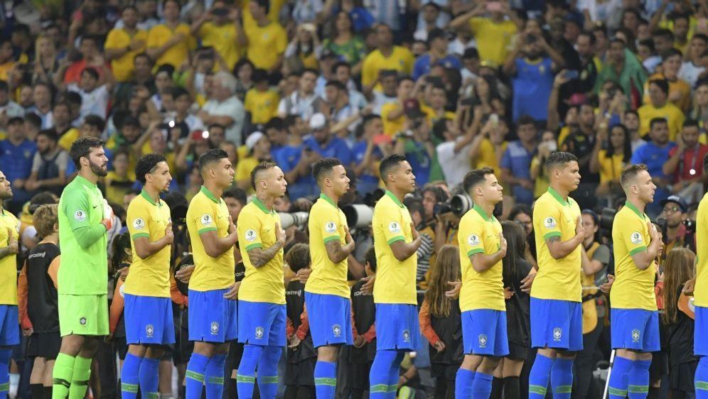Brasiliens Weg zur WM 2022 startet im Oktober - Bildquelle: AFPSIDLUIS ACOSTA