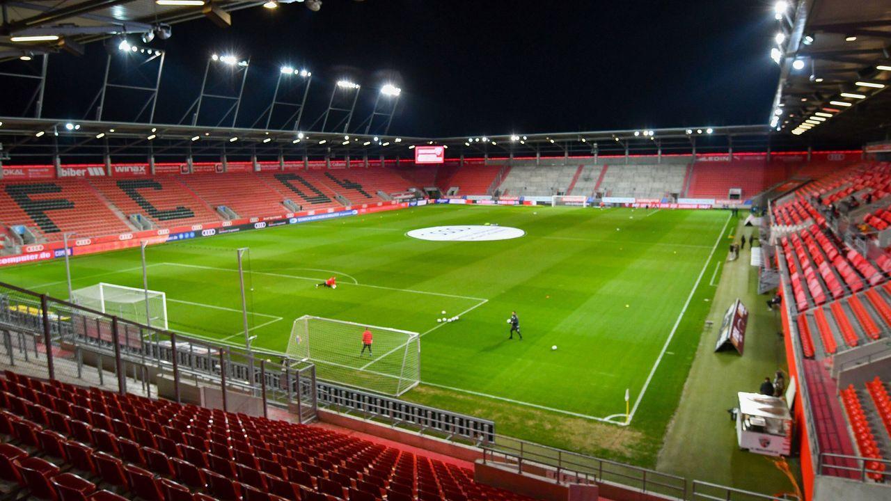 FC Ingolstadt - Erzgebirge Aue - Bildquelle: imago images/Eibner