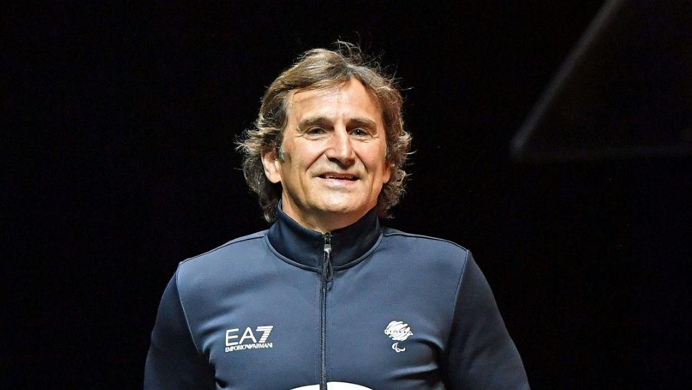 """Alessandro Zanardis Zustand ist """"ernst, aber stabil"""" - Bildquelle: AFPSIDMARCO BERTORELLO"""