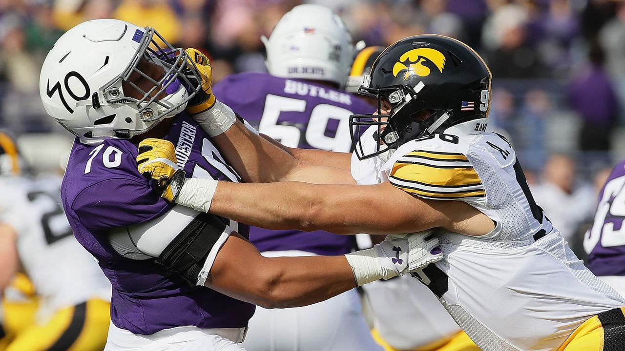 14. Pick - Minnesota Vikings: Rashawn Slater (OT, Northwestern) - Bildquelle: Getty Images