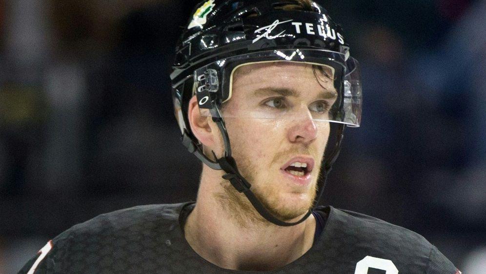 Connor McDavid erzielt den Siegtreffer für die Oilers - Bildquelle: PIXATHLONPIXATHLONSID
