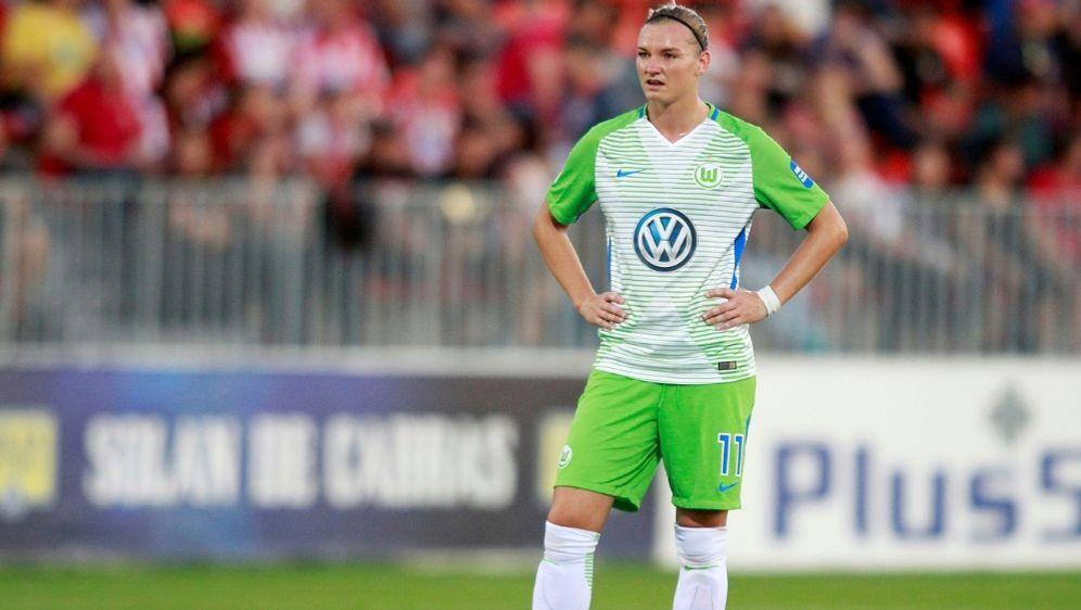 Jochbeinbruch bei Alexandra Popp vom VfL Wolfsburg - Bildquelle: PIXATHLONPIXATHLONSID